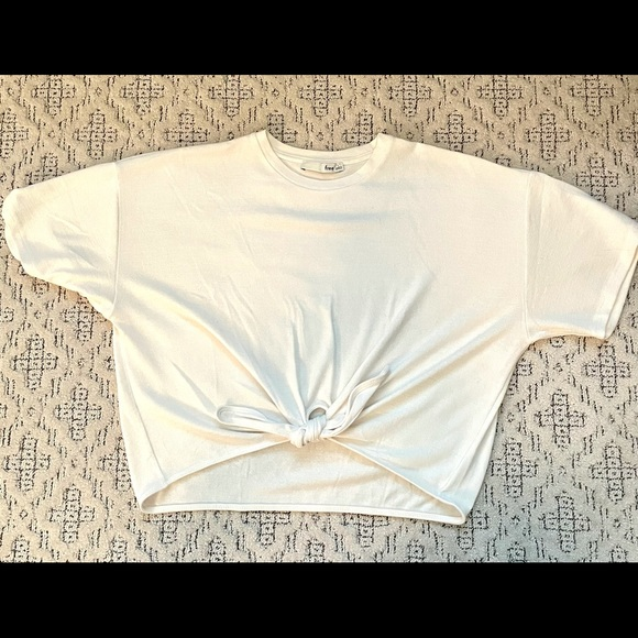 Wilfred Free tie front cropped shirt, Sz L.